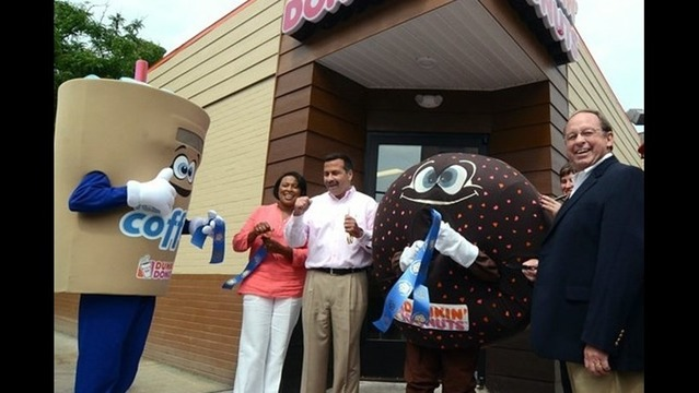 Dunkin' Donuts Opens Downtown Location