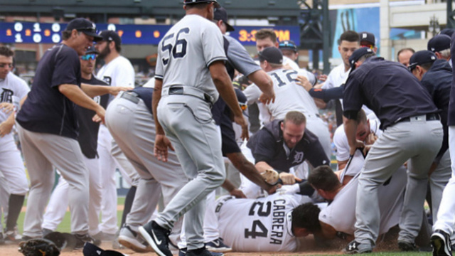 Romine and Cabrera incite full-on brawl between Yankees and Tigers