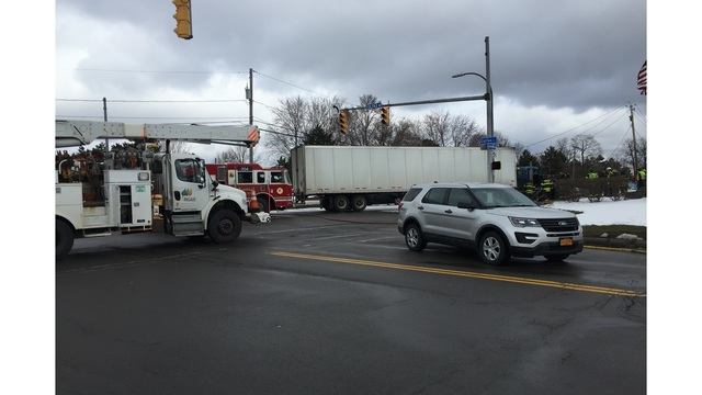 Fire crews rescue two from Lexington Ave. crash
