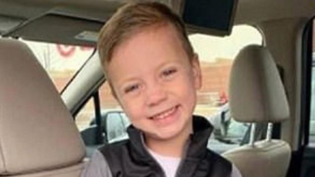 Boy thrown from balcony at Mall of America showing signs of recovery